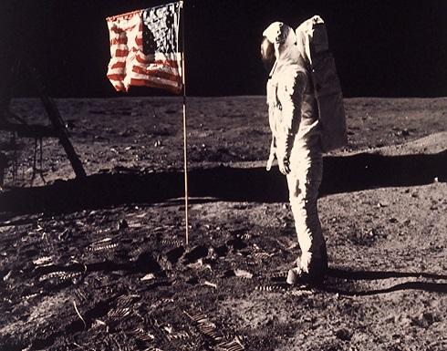 بالفيديو والصور : حروب الفضاء: من يملك القمر... محامي فضاء يجيبك