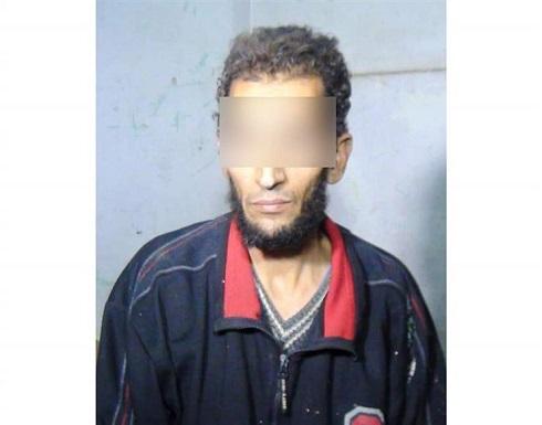 مصري يقتل والدته المسنة ويلقنها الشهادة