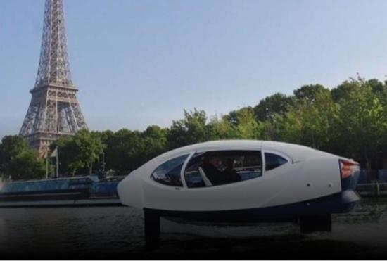 فرنسا تجري أول رحلة تجريبية للتاكسي البحري في نهر السين