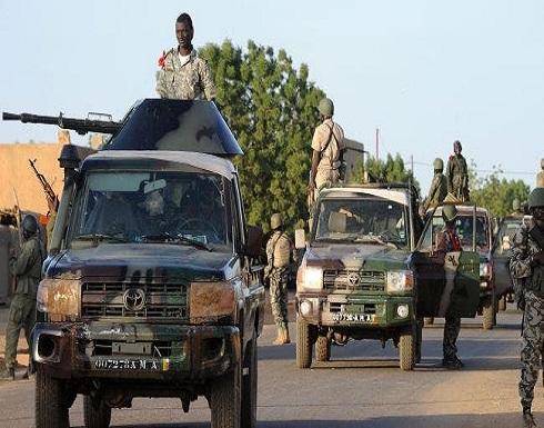 رغم الانقلاب.. فرنسا تعلن مواصلة عملياتها في مالي