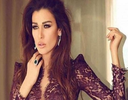 """بالفيديو: بعد الانتقادات التي تلقتها.. نادين الراسي ترّد: """"مستواي الأرض وبيشرّفني"""""""