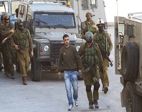 الاحتلال يعتقل فلسطينيين خلال اقتحام جنين