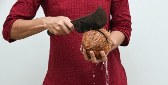 هل يهدّد زيت جوز الهند صحة قلبك؟ الحقيقة صادمة!