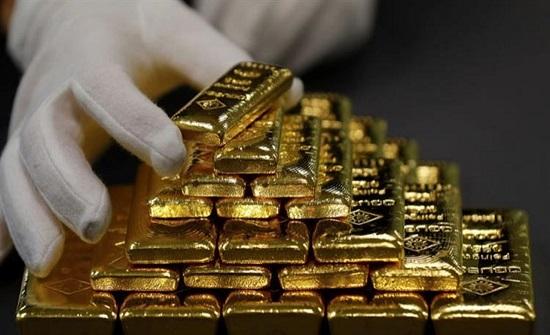 سعر الذهب يستقر عند 1688.65 دولارًا أمريكيًا