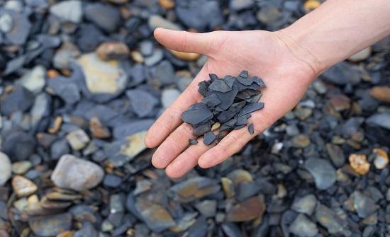الصخر الزيتي ومواقعه وتقنيات استغلاله في الأردن