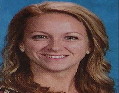 القبض على معلمة امريكة فعلت المنكر مع طالب لأكثر من 100مرة داخل الفصل