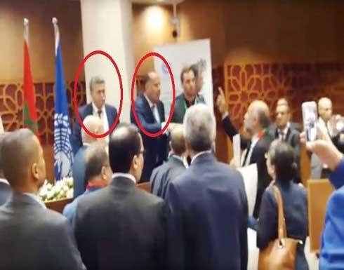 بالفيديو.. وزير إسرائيلي بالبرلمان المغربي والنواب يحتجون