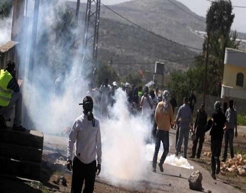 إصابة عشرات المواطنين بالاختناق خلال قمع الاحتلال للمصلين في بيت لحم
