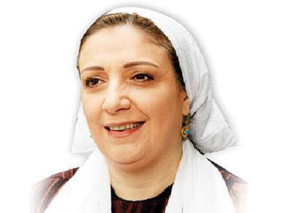 الفنانة السورية وفاء موصللي تلجأ إلى القضاء