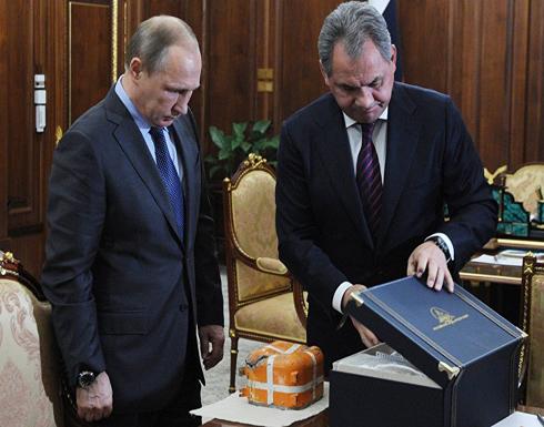 بوتين يأمر بفك رموز الصندوق الأسود للطائرة الروسية التي أسقطتها تركيا