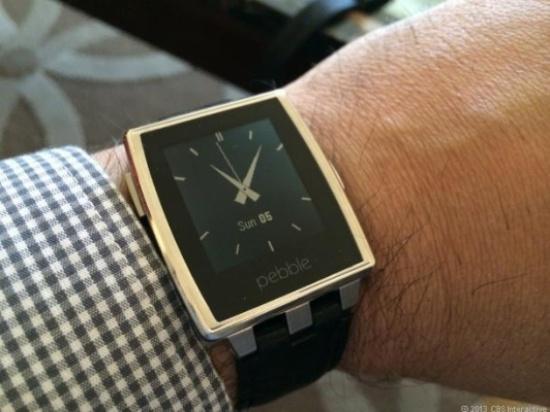 d419fcadc فيديو: ساعة Pebble تدعم الآن تنبيهات الأندرويد وير - جي بي سي نيوز