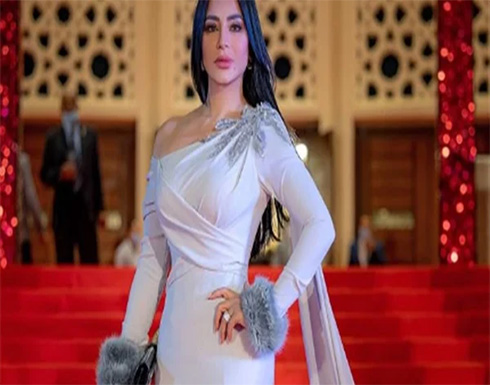6600 ريال سعر فستان لجين عمران في أحدث ظهور لها .. شاهد
