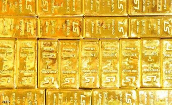 هبوط الذهب بفعل صعود الدولار