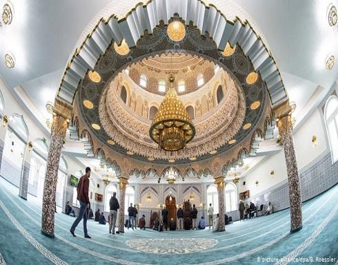 إخلاء ثلاثة مساجد في غرب ألمانيا بسبب تهديدات ضدها