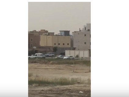 شاهد .. الأمن السعودي يقتل عدداً من المطلوبين في القطيف