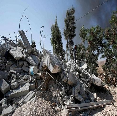 الإحتلال يهدم  منزلا سكنيا في القدس الشرقية