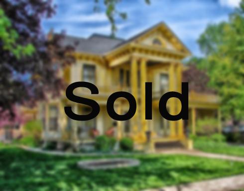 طفلة بعمر 6 سنوات تشتري منزلا بـ8 ملايين دولار (فيديو)