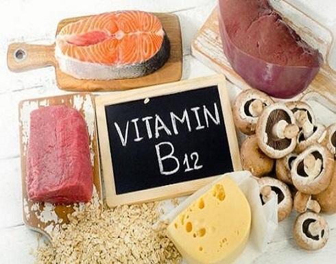 علامات انخفاض مستويات فيتامين ب 12 بالجسم