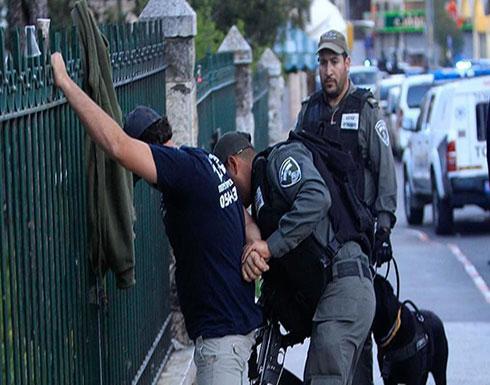 بكلاب بوليسية.. قوة إسرائيلية تقتحم مستشفى فلسطينيًا بالقدس المحتلة