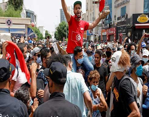 انخفاض حاد في سندات تونس الخارجية بعد تصعيد الأزمة السياسية