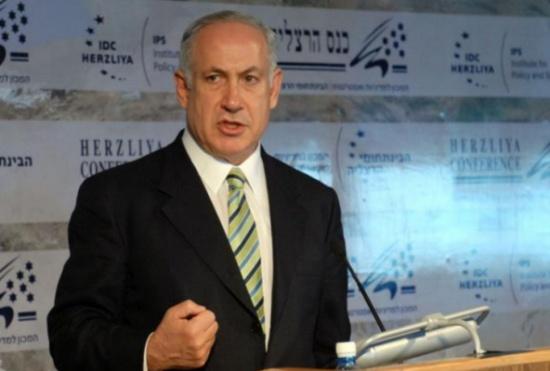 إندبندنت: فضيحة الفساد ضد نتنياهو قد تكون القشة الأخيرة