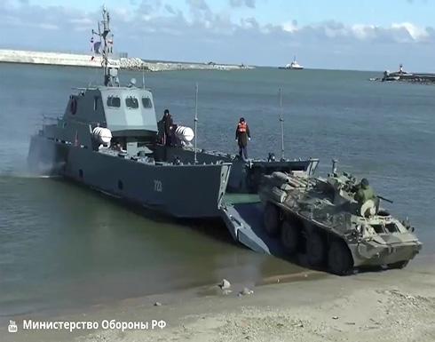 شاهد : تدريب لمشاة البحرية الروسية على ساحل بحر قزوين في داغستان