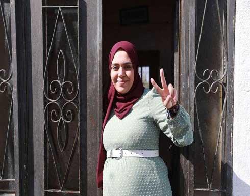 الأسيرة المحرّرة أنهار الديك: إسرائيل حاولت قتلي وكدت أفقد جنيني