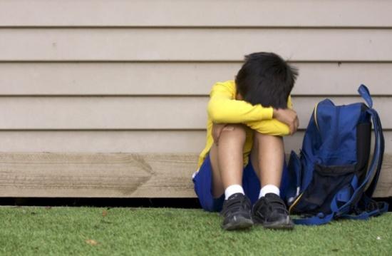 كيف تتعامل مع من يتنمر على أحد أبنائك؟