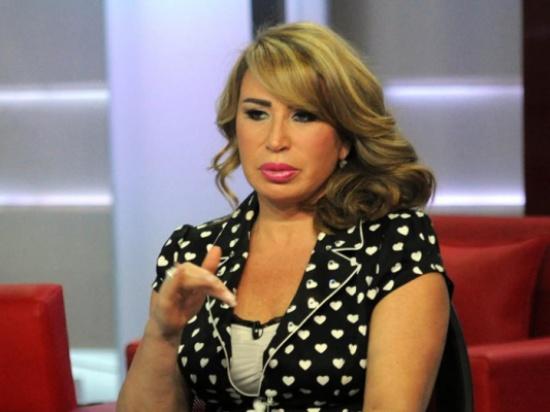 """إيناس الدغيدي بعد اصابتها بالكورونا: """"لازم نبتعد عن الحميمية"""".. فيديو"""