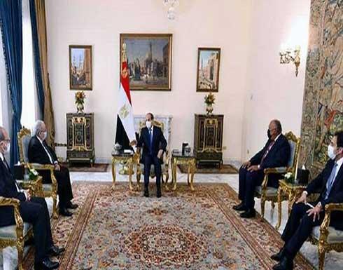 السيسي يؤكد لوزير خارجية الجزائر موقف مصر الثابت بالتمسك بحقوقها التاريخية في مياه النيل