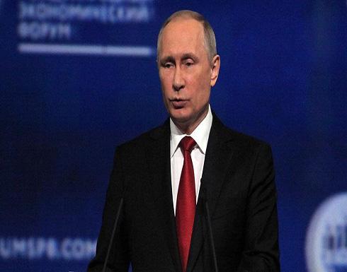 """بوتين يصف العقوبات الأمريكية الإضافية على موسكو بالـ""""غير منطقية"""""""