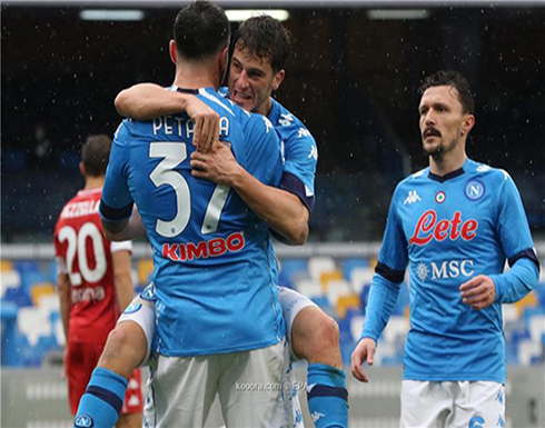 نابولي يمطر فيورنتينا بنصف دستة أهداف في الكالتشيو.. صور