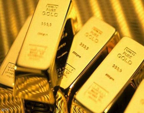 الذهب يهبط بعد 14 شهرا من الارتفاع