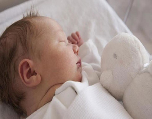 سيّدة ستينية تلِدُ طفلة إبنها!