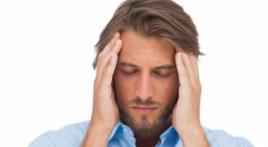 احذر الصداع النصفي بعد الجراحة.. فقد يسبب سكتة دماغية
