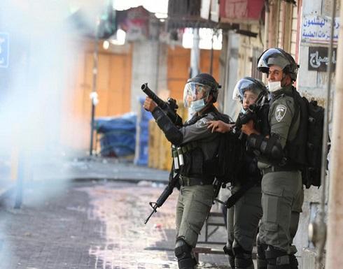 إصابة جندي إسرائيلي في مواجهات بالخليل .. بالفيديو