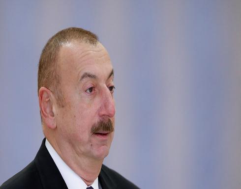 """رئيس أذربيجان يعلن نجاح """"الهجوم المضاد"""" على خطوط التماس في قره باغ"""