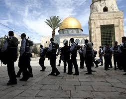 عشرات المستوطنين يقتحمون المسجد الأقصى في القدس المحتلة