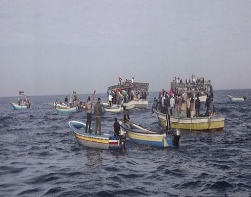إسرائيل تحتجز 5 صيادين فلسطينيين قبالة شواطئ غزة