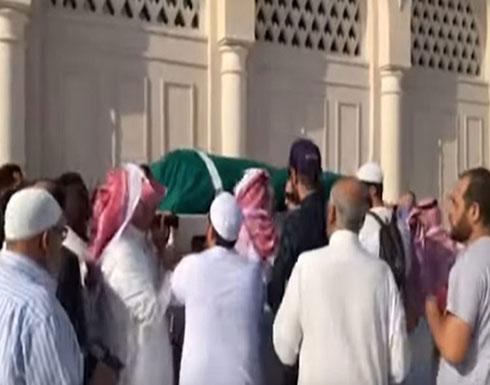 شاهد.. لحظة تشييع جثمان زين العابدين بن علي في مقبرة البقيع بالمدينة المنورة