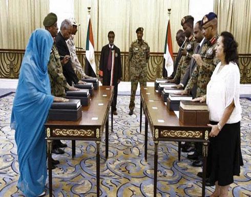 شاهد : أعضاء مجلس السيادة السوداني يؤدون اليمين الدستورية