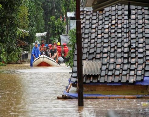 مصرع 3 طلاب إندونيسيين حاصرتهم الأمطار في مغارة