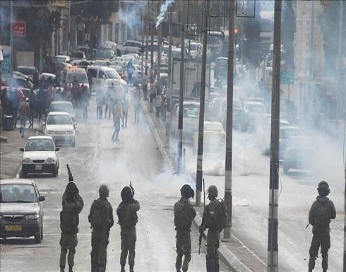 إصابة 13 فلسطينيا خلال تفريق مسيرة منددة بالاستيطان شمالي الضفة
