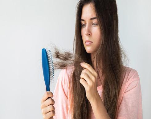 ما العلاقة بين الإصابة بحمى الضنك وتساقط الشعر