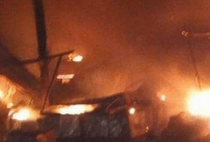 حريق يلتهم سوق أم درمان في السودان