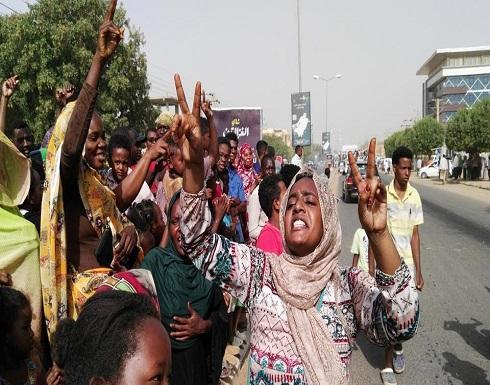 """""""المهنيين السودانيين"""" يتمسك بتسليم السلطة لحكومة مدنية"""