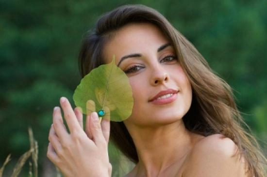 6 طرق طبيعية رائعة لعلاج حب الشباب