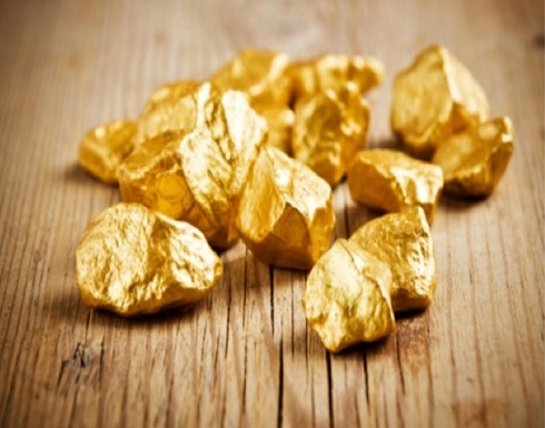 الذهب في أعلى مستوى منذ أسبوعين.. وهذا سعره اليوم