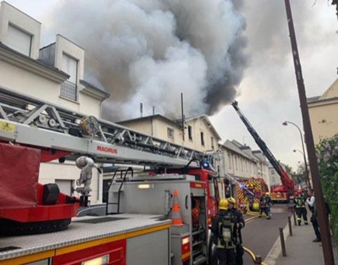 شاهد : اندلاع حريق بالقرب من موقع تاريخي في فرنسا