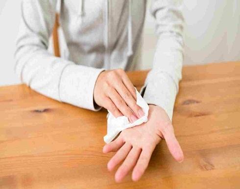فرط تعرّق اليدين: الأسباب، العلاج!
